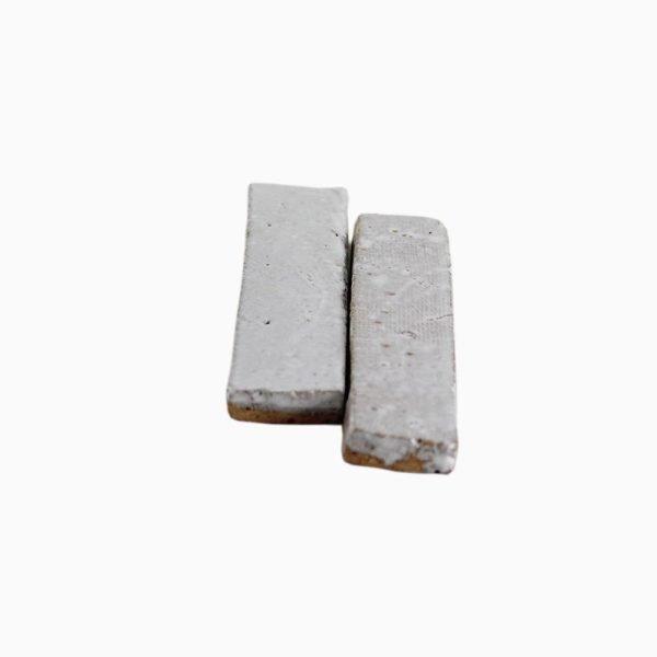 Bricks-wall-White-velvet-1-smaller